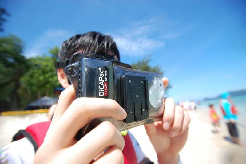 Funda submarina para smartphones DiCAPac Action WP-C2A