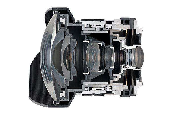 Samyang 14mm f/2.8 IF ED UMC Ultra Wide Angle Lens