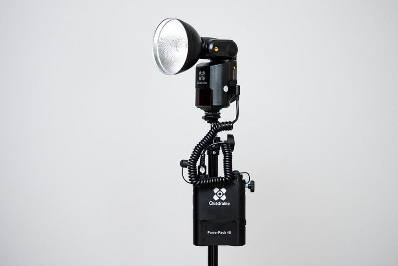 Kit d'éclairage professionnel Quadralite Reporter 180